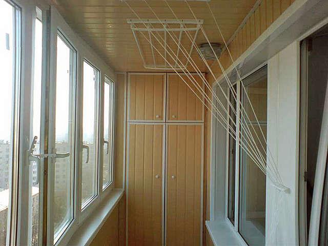 Сушилка для белья на балконе - монтаж недорого.